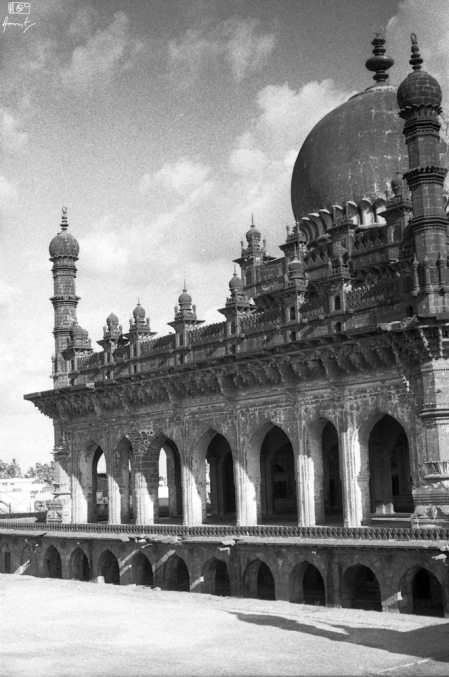 Ibrahim Rouza, Bijapur in Karnataka, India. You can read about Ibahim Rouza here: https://amritpanigrahy.com/2017/06/28/dome-diaries-part-iii-two-and-a-half-tombs-and-other-things/
